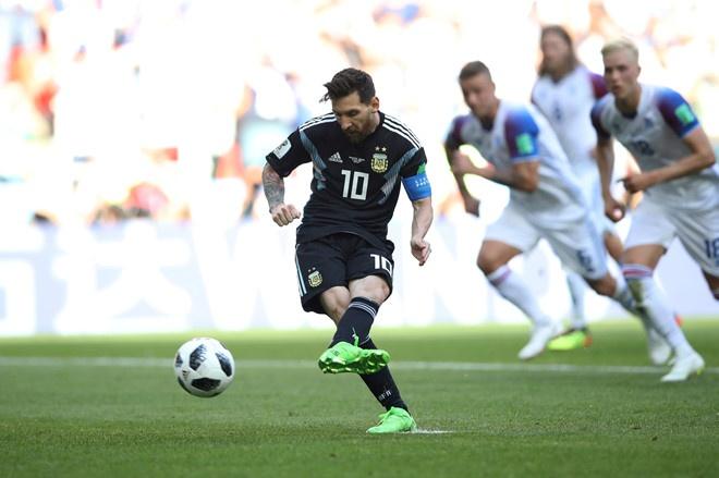 World Cup ngay 20/6: 'Neu la Neymar, Pogba se khong bi tuoc ban thang' hinh anh 99