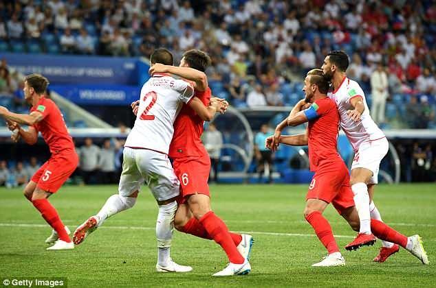 World Cup ngay 20/6: 'Neu la Neymar, Pogba se khong bi tuoc ban thang' hinh anh 85