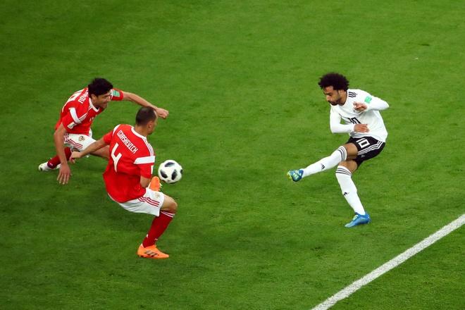 Salah ghi ban van khong giup Ai Cap tranh tham bai hinh anh 24