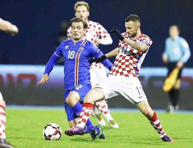 Ivan Perisic len tieng, Croatia thang kich tinh Iceland hinh anh 6