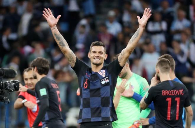 Ivan Perisic len tieng, Croatia thang kich tinh Iceland hinh anh 7