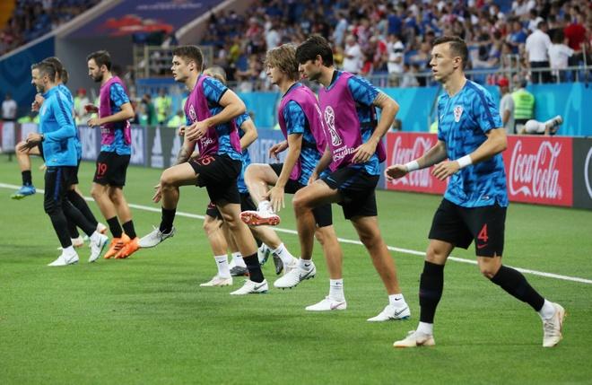 Ivan Perisic len tieng, Croatia thang kich tinh Iceland hinh anh 14
