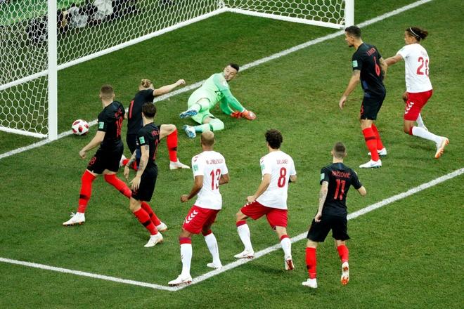Modric da hong phat den, Croatia thang nghet tho sau loat luan luu hinh anh 16