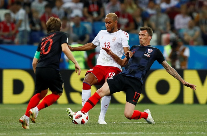 Modric da hong phat den, Croatia thang nghet tho sau loat luan luu hinh anh 31