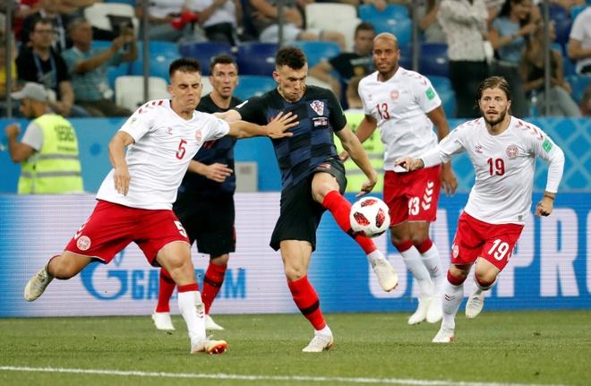 Modric da hong phat den, Croatia thang nghet tho sau loat luan luu hinh anh 30
