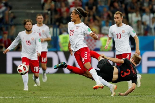 Modric da hong phat den, Croatia thang nghet tho sau loat luan luu hinh anh 28