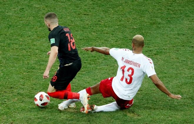 Modric da hong phat den, Croatia thang nghet tho sau loat luan luu hinh anh 39