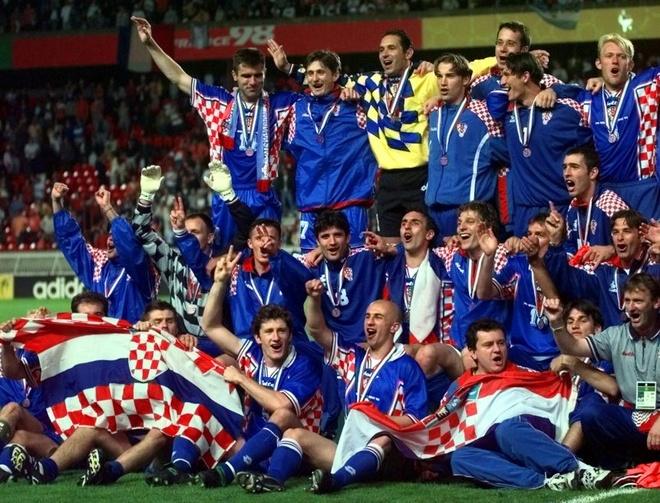 Modric da hong phat den, Croatia thang nghet tho sau loat luan luu hinh anh 7