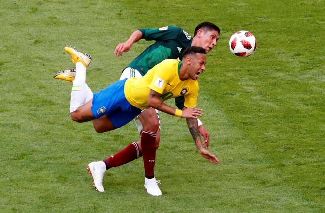 Danh bai Mexico, Brazil se khong the vo dich World Cup? hinh anh