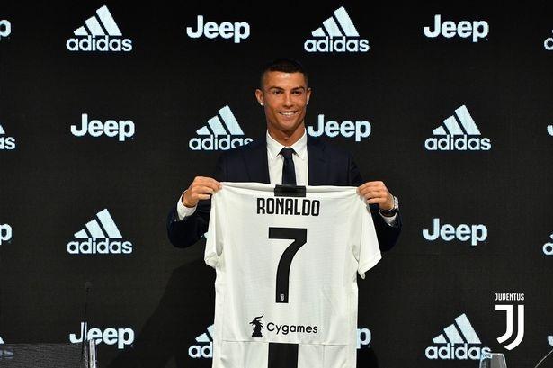 Chu tich La Liga: 'Ronaldo roi Real Madrid vi van de thue' hinh anh 2