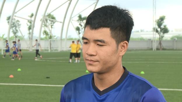 Ha Duc Chinh: 'Toi dan hoan thien ban than nho thay Park Hang-seo' hinh anh 1