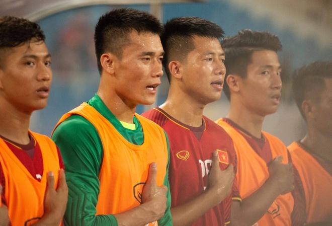 Duong Hong Son: Ong Park chi chon Van Lam khi Bui Tien Dung qua sa sut hinh anh