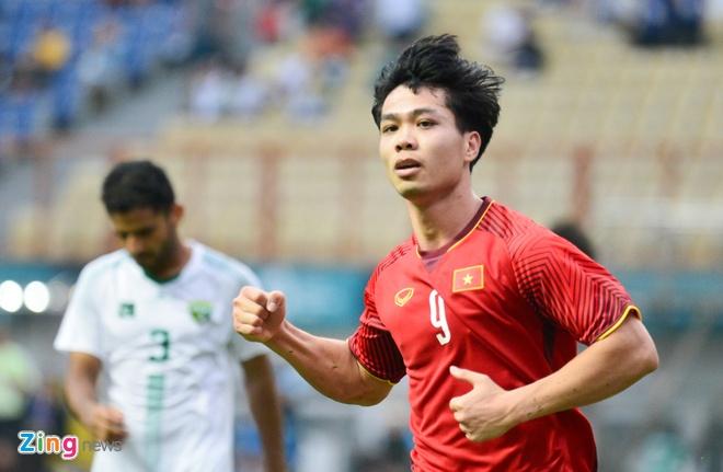 Olympic VN 3-0 Olympic Pakistan: Cong Phuong da hong 2 qua penalty hinh anh 1