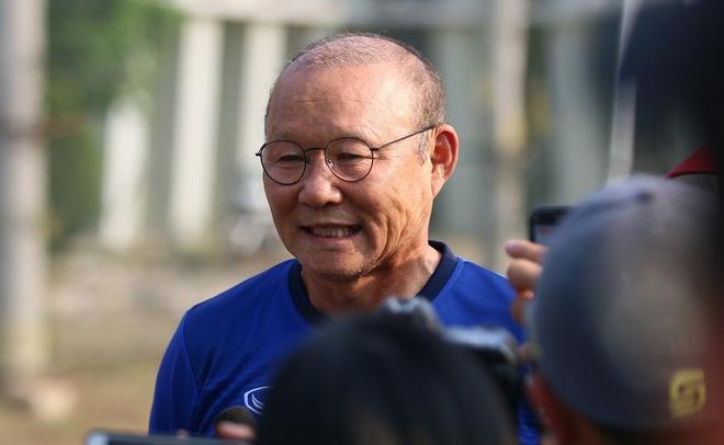 Olympic Viet Nam vs Olympic Nhat Ban: Co chien dau cho ngoi dau bang? hinh anh