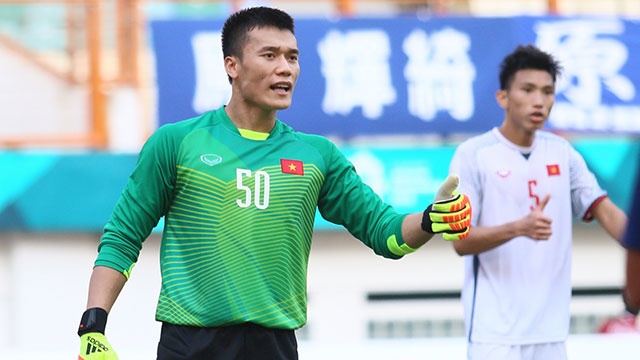 Olympic VN vs Olympic Bahrain: Tien Dung, Van Hau gap lai bai tuong hinh anh
