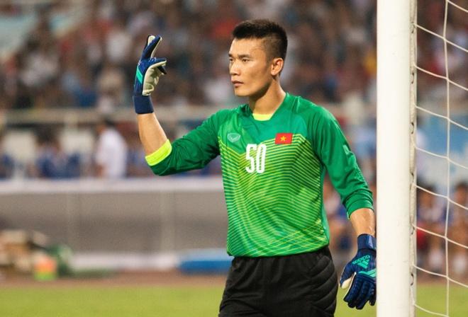 Truoc muon van suc ep, Bui Tien Dung van khong the bi danh guc hinh anh
