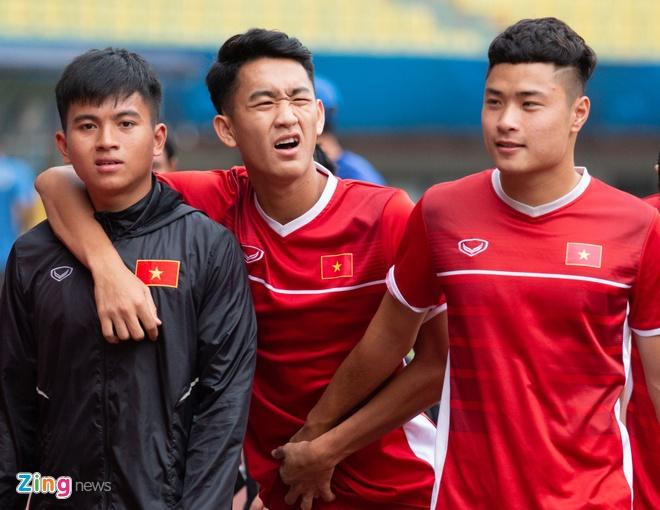 U19 Viet Nam tap buoi cuoi tai san thi dau trong tam trang hung khoi hinh anh 2