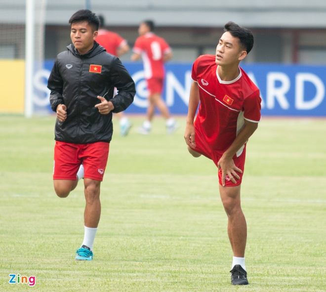 U19 Viet Nam tap buoi cuoi tai san thi dau trong tam trang hung khoi hinh anh 3
