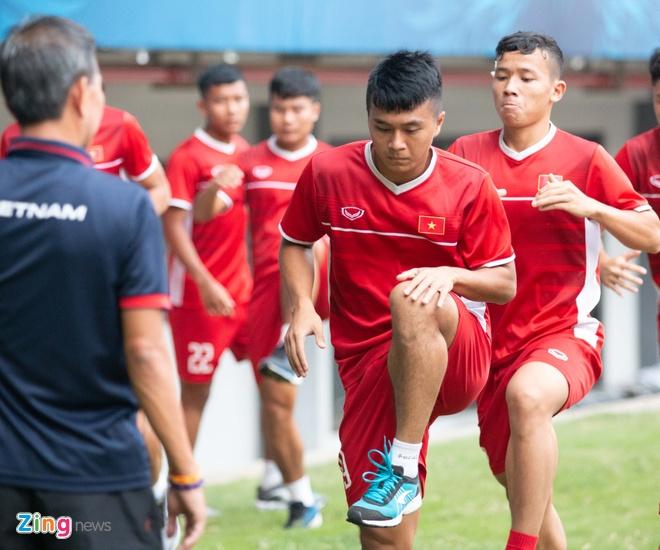 U19 Viet Nam tap buoi cuoi tai san thi dau trong tam trang hung khoi hinh anh 7