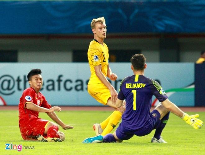 HLV Hoang Anh Tuan: 'Khong hieu vi sao U19 Viet Nam lai so hai' hinh anh 1