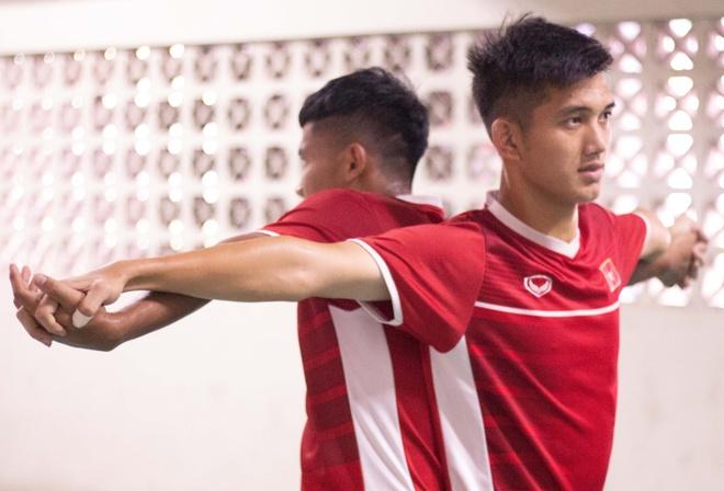 Truong doan U19 Viet Nam: 'Phai thong cam cho ban to chuc giai' hinh anh