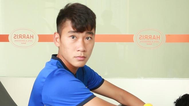 Nham Manh Dung het sot, tap phuc hoi voi U19 Viet Nam hinh anh