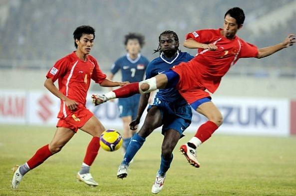 Doi hinh vo dich AFF Cup 2008 gio day: Ke viet sach, nguoi lam HLV hinh anh 4