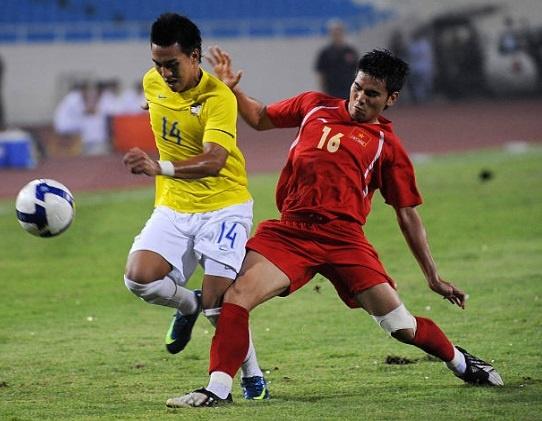 Doi hinh vo dich AFF Cup 2008 gio day: Ke viet sach, nguoi lam HLV hinh anh 2