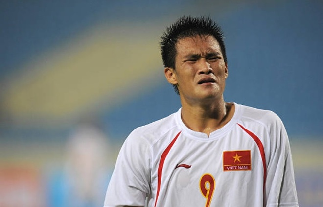 Cong Vinh noi ve ban thang nam 2008: 'Hom sau ngu day moi tin la that' hinh anh