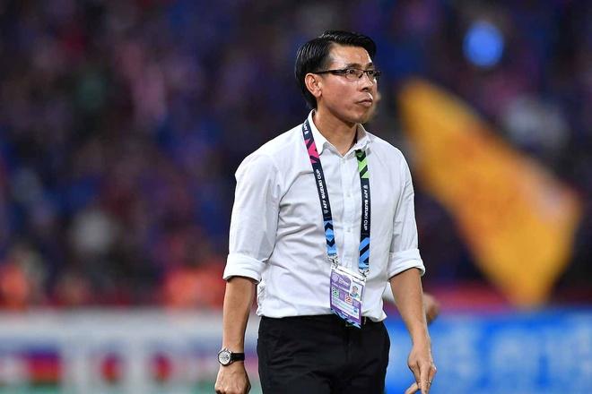 Thuyen truong Malaysia len tieng khi duoc vi voi HLV Sarri cua Chelsea hinh anh