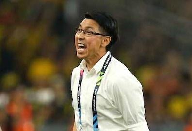 HLV Malaysia: 'Mot ngon nui lon dang cho chung toi tai Ha Noi' hinh anh