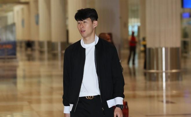 Son Heung-min toi UAE hoi quan cung Han Quoc sau that bai truoc MU hinh anh