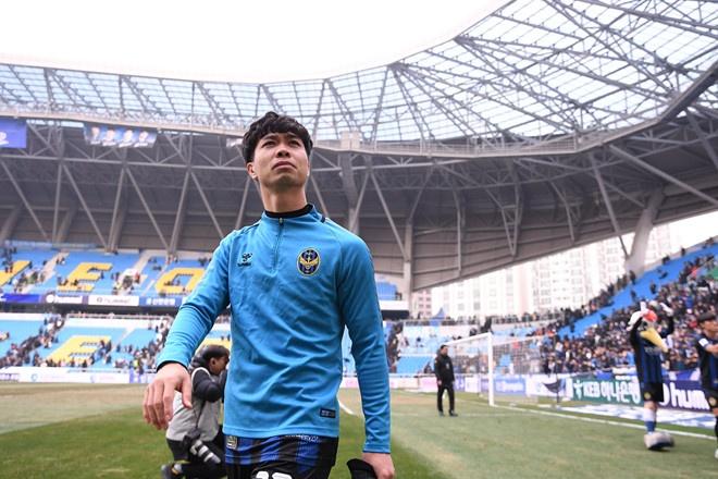 HLV Incheon: 'Công Phượng còn nhiều thiếu sót để chơi bóng ở K.League'