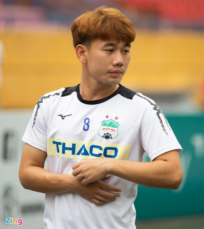 Van Thanh, Tuan Anh tuoi cuoi truoc tin don duoc thay Park trieu tap hinh anh 10