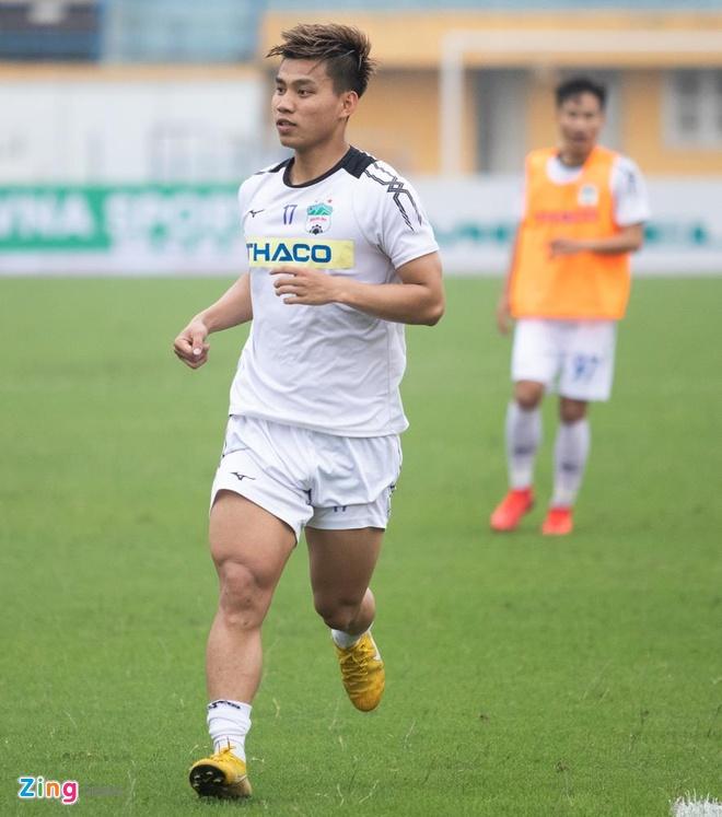 Van Thanh, Tuan Anh tuoi cuoi truoc tin don duoc thay Park trieu tap hinh anh 2
