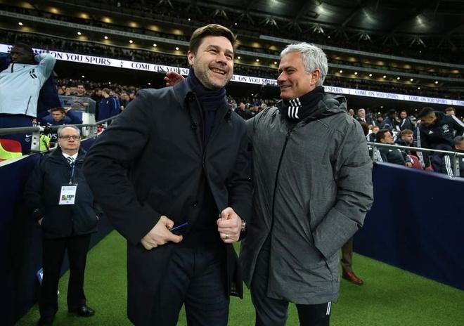HLV Mourinho: 'Pochettino gioi that nhung chua co cai cup nao' hinh anh 1