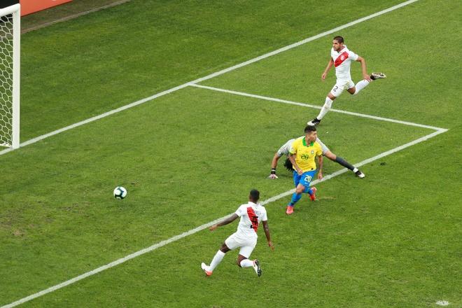 Lucky88 phân tích: Cú sút của Firmino nâng tỷ số lên 2-0 cho Brazil