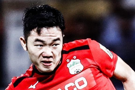 Xuan Truong cho Minh Vuong 'an don' khi so gang hinh anh