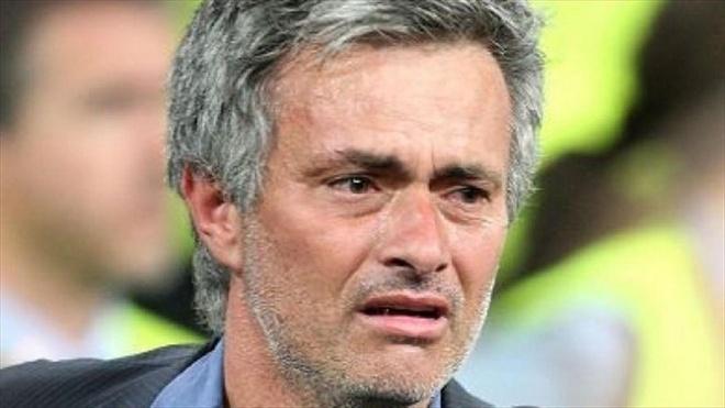 Mourinho rom rom nuoc mat khi noi ve noi nho nghe hinh anh