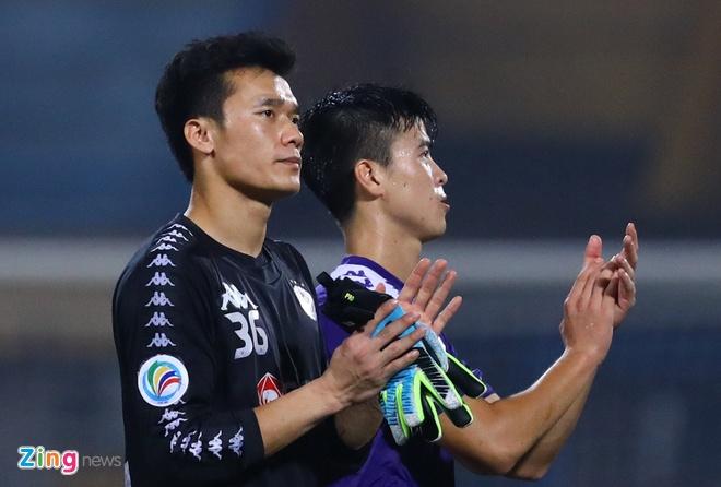 'Bui Tien Dung khong duoc bat nhieu la bat loi cua CLB Ha Noi' hinh anh 1