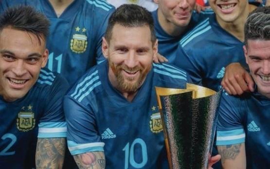 Messi bi che gieu vi gianh danh hieu vo nghia cung Argentina hinh anh 1