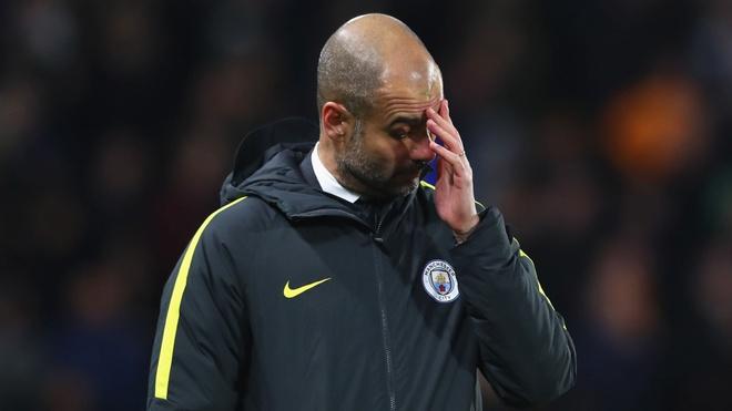 Thiệt hại hàng trăm triệu euro, Pep Guardiola liệu có thể mua sắm thoải mái như trước đó? Ảnh: Getty.