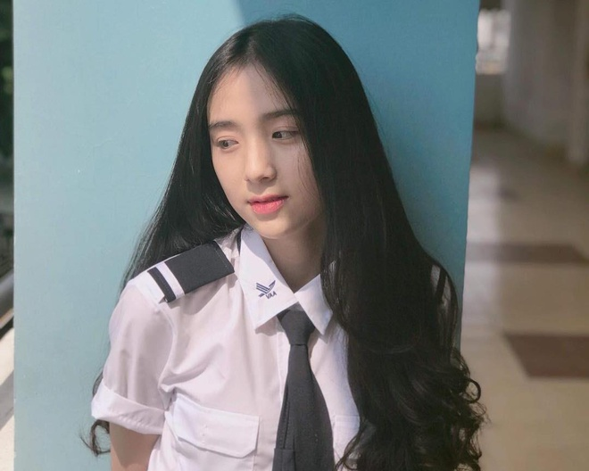 10X Gia Lai bi nham hot girl Thai: 'Minh khong tu tin ve ngoai hinh' hinh anh