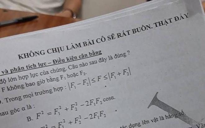 Giao vien Dak Lak nan ni hoc tro: 'Khong chiu lam bai co se rat buon' hinh anh