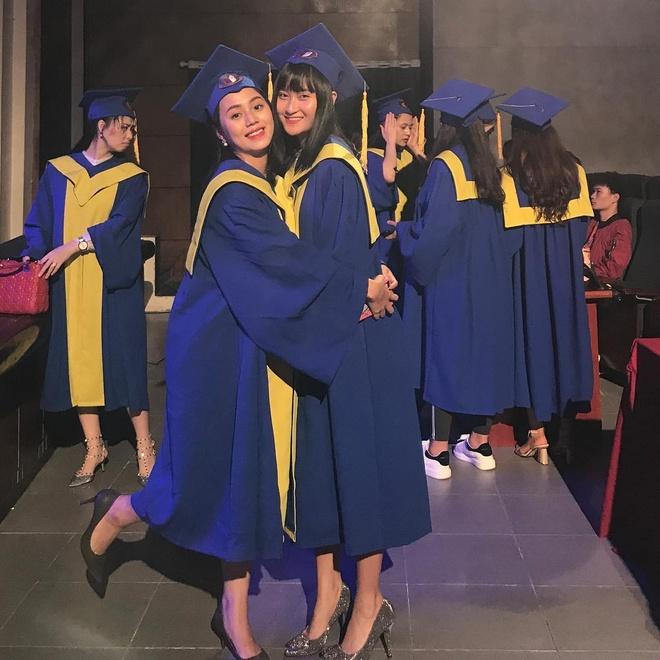 Thùy Dương vừa tốt nghiệp khoa Sân khấu, ĐH Sân khấu - Điện ảnh Hà Nội. Yêu thích công việc diễn xuất, trước đó, cô từng thử sức với vài vai diễn trong các bộ phim.