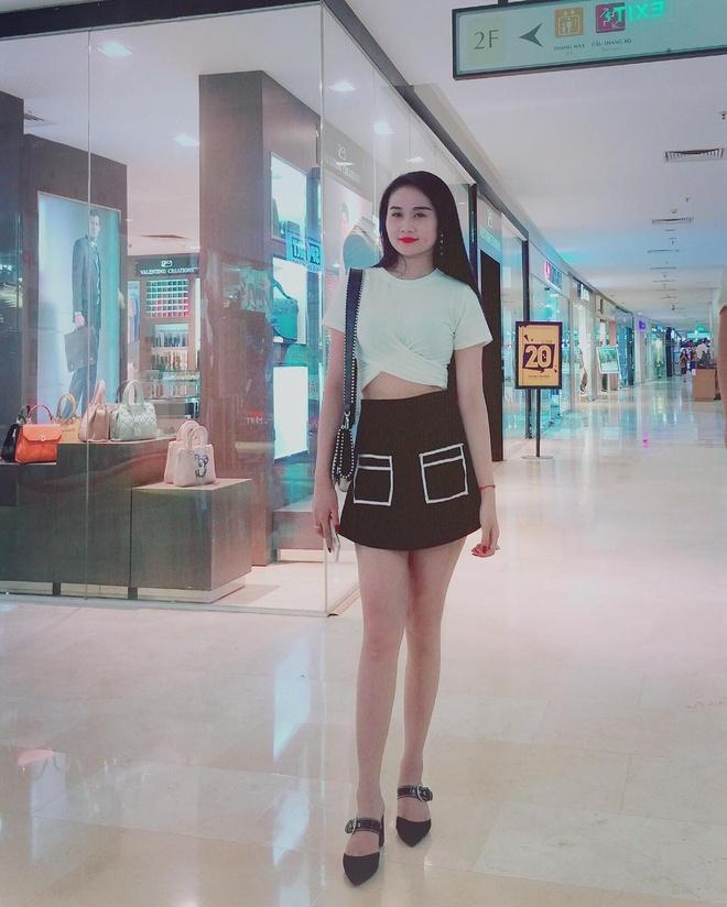 Chuyen tinh dep cua tien dao Tien Linh va ban gai xinh dep, hon 2 tuoi hinh anh 9