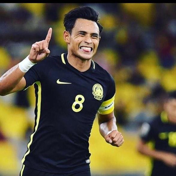 Thu linh Malaysia va nguoi anh sinh doi cung tham du AFF Cup 2018 hinh anh 3
