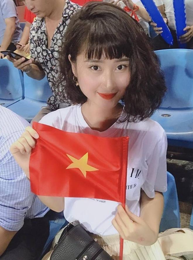 Ban gai tin don cua thu mon Lam Tay noi loi yeu, co vu bang tieng Nga hinh anh 1