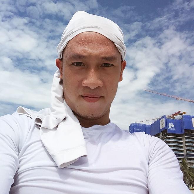 Tien ve Huy Hung: Thich chup anh 'dim hang', co ban gai xinh dep hinh anh 10