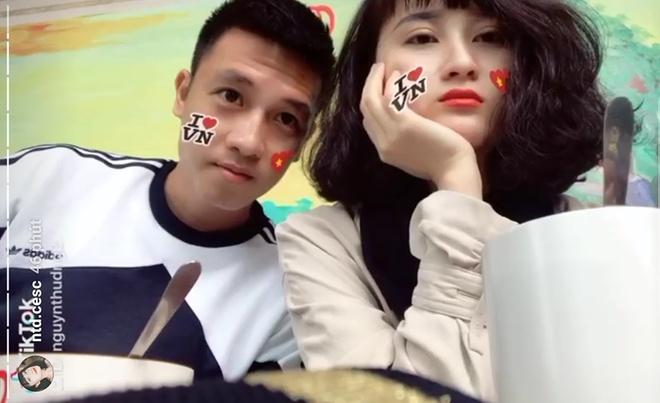 Tien ve Huy Hung: 'Se uu tien ve cho gia dinh va nguoi than' hinh anh 1
